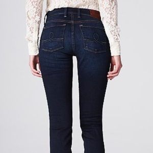 Lucky brand dark wash sofia straight jeans size